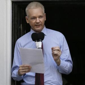 Ecuador backed by South America in Wikileaks' Julian Assange