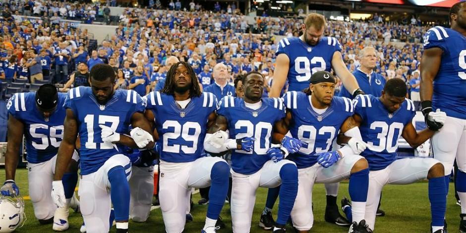 c250db9c109 NBC News: https://www.nbcnews.com/slideshow/nfl -players-lock-arms-kneel-during-national-anthem-protest-trump-n804386