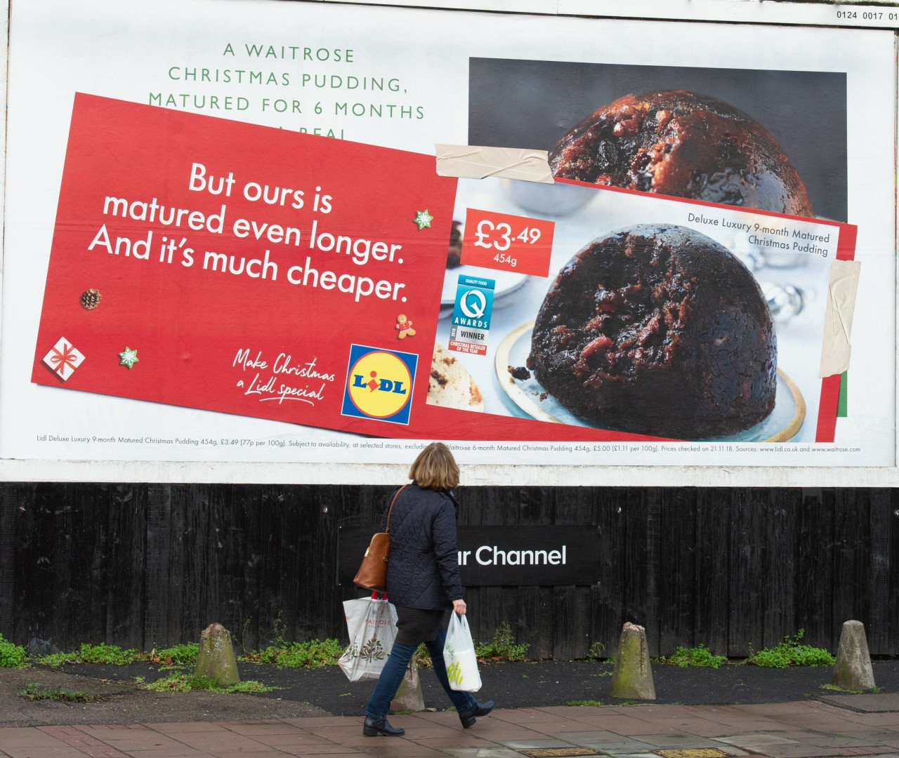 U.K. retailer Lidl showcasing the idea of copying competitor's brand image